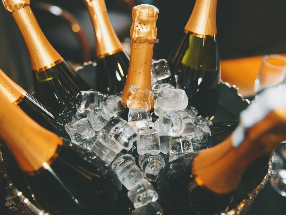 champagne-master-ft-blog0118 (1).jpg